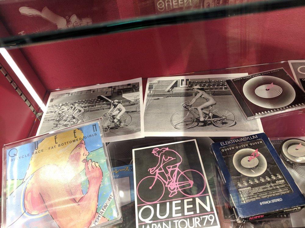 Queen Museum in Montreux (33 photos)
