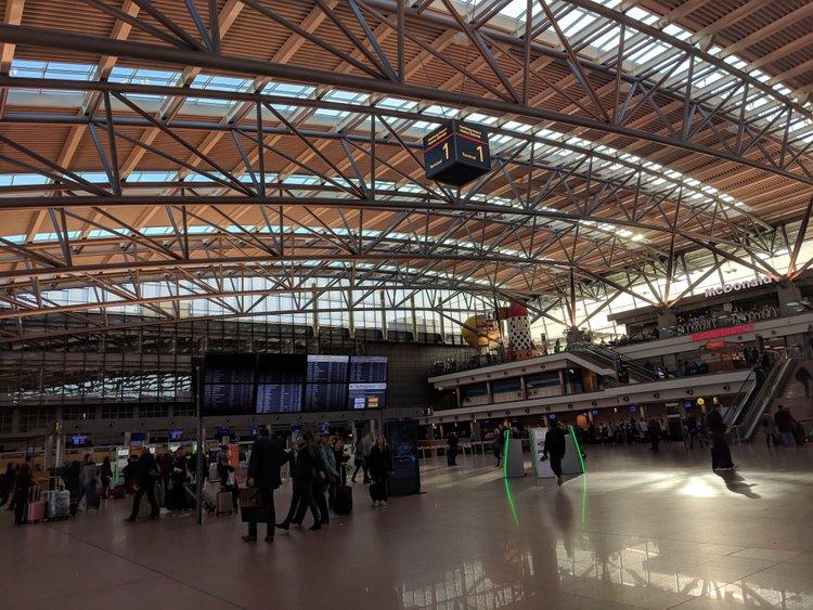 Как добраться в аэропорт Гамбурга / из аэропорта в город