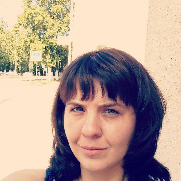 Larson&Holz, Рустам Каримжанович, Полина Ильченко, Валентина Валентиновна