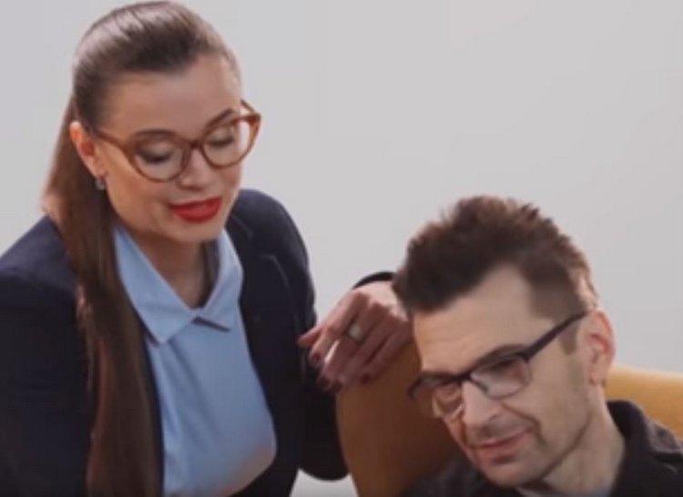 Александр Анатольевич рекламирует дрянь от Binomo