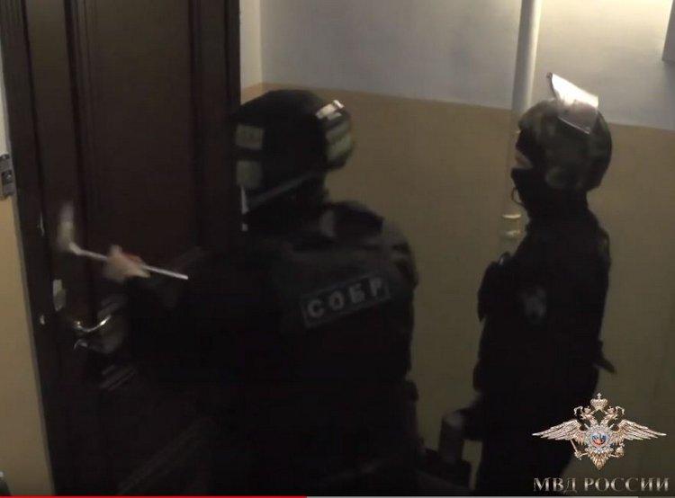 Larson&Holz в Петербурге накрыла полиция